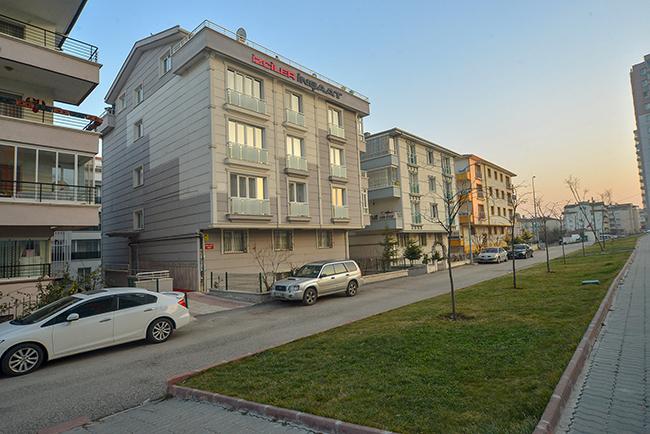 İzciler İnşaat - Eryaman Efe Apartmanı - 2011