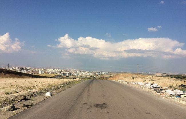 Oğuzlar Mahallesinde 20 Metrelik Caddeye Cephe Satılık Arsa