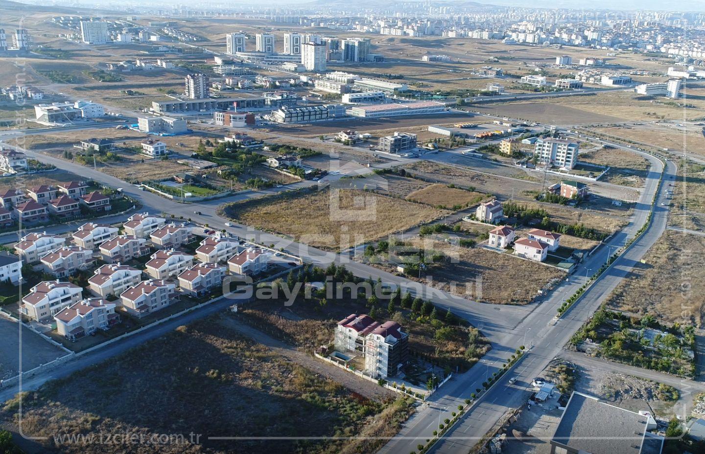 Bağlıca Merkezde Satılık 2000 m2 Tek Tapu Arsa