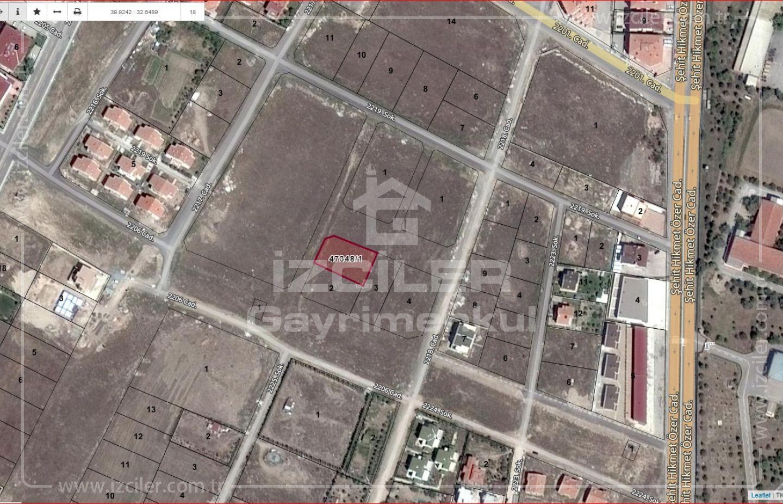 Bağlıcada Satılık 1100 m2 Emsal 0,50 de Ticari Köşe Parsel