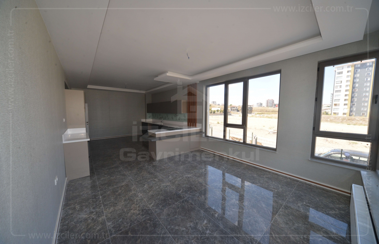 ESKİŞEHİR YOLUNA YAKIN BAĞLICA GİRİŞTE 42 m² MUTFAKLI GENİŞ 4+1